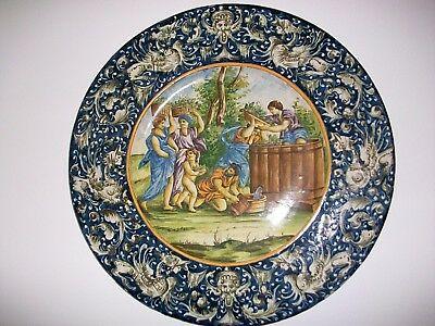 ANTIQUE ITALIAN URBINO MAJOLICA CHARGER 18th CENTURY
