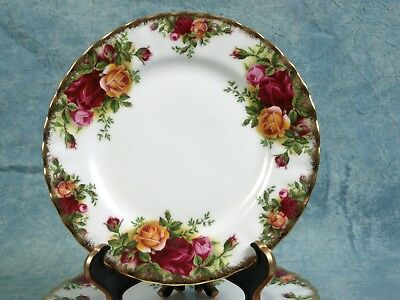 Royal Albert Old Country Roses Bread Butter Plate Fine China 1962
