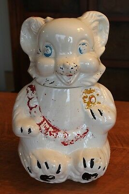 NICE VINTAGE 1940's BEAR COOKIE JAR - WEARING BID w/COOKIE ROYAL WARE