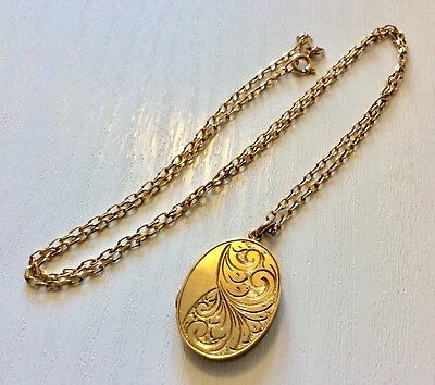 Beautiful Ladies Vintage 1964 Birmingham Solid 9CT Locket & Chain 20 inch