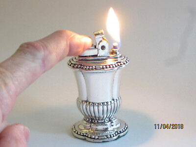Vintage Ronson Mayfair Silver Plated Table Lighter