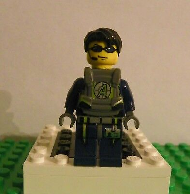 Lego Agents 8970 Agent Chase with Body Armor Minifigure New