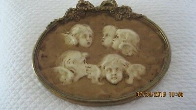 Vintage Chalkware beautiful Cherubs wall plaque very old great condition.