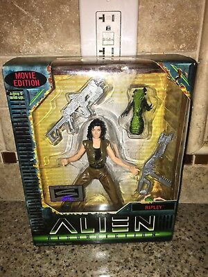 Hasbro Ripley Alien Resurrection Movie Edition Action Figure NIB 6.5 Inch Fig