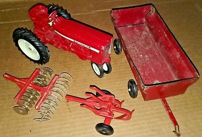 VINTAGE DIE-CAST ERTL  INTERNATIONAL  TOY FARM TRACTOR, Wagon, Disk and Plow