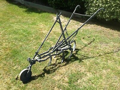 Vintage Antique Steel Horse Drawn Scuffler Plough Farm Garden Art Great Cond