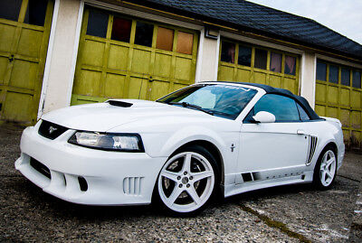 Ford: Mustang Saleen S281SC 2001 Saleen Supercharged Mustang S281SC