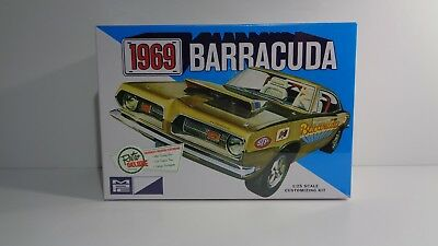 MPC 1969 Plymouth Barracuda Model Kit - 1/25 Scale - New in Sealed Box