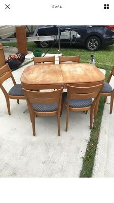 VINTAGE HEYWOOD WAKEFIELD DINING ROOM SET 8 Pieces