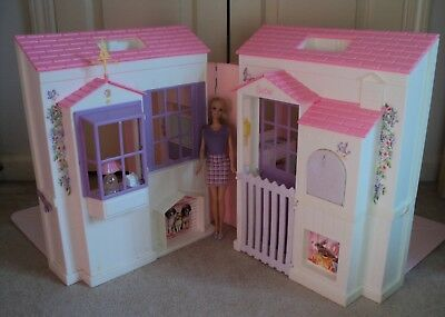 Vintage 1996 Barbie Doll Dream House Trifold Folding Pretty House