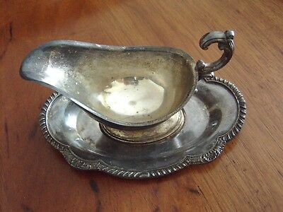 ENGLISH SILVER Mfg. Corp USA Silver Plate Gravy Boat/ Tray Vintage Mid Cent
