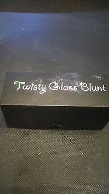 7pipe Twisty Glass Blunt with Cleaning Brush Set -  Gold authentic