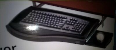 Staples Under Desk Deluxe Keyboard Drawer with retractable mouse pad 13192 NEW