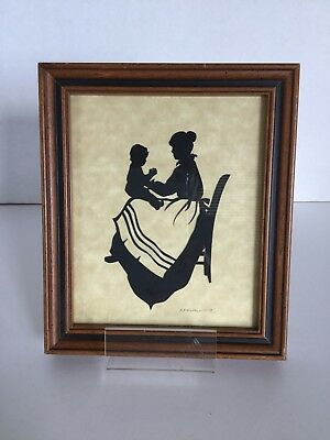 """Vintage Silhouette Picture Of Mother & Baby, Signed,  7"""" x 6"""" Wood Frame"""