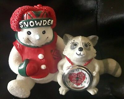Vintage Snowden and Lil Raccoon Holiday w/ Clock