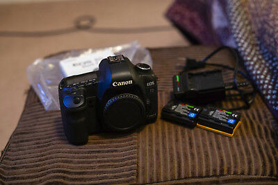 Canon EOS 5D Mark II 21.1MP Digital SLR Camera Black Body Only 22275 Shutter