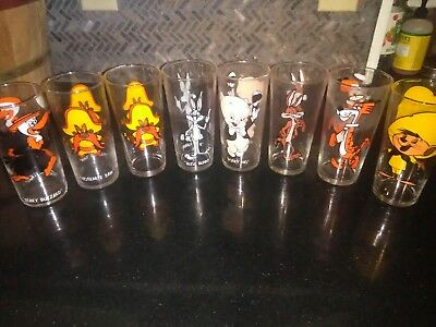 Lot Of 8 Pepsi Collectors Glasses 1973 Warner Bros. Looney Tunes