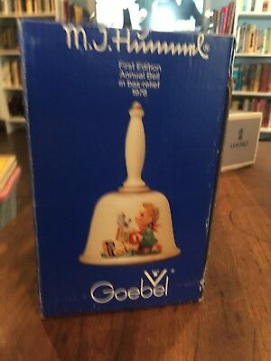"""MJ HUMMEL FIRST EDITION 1978 ANNUAL BELL Pre-Owned In Box """"LETS SING"""" HUM700"""