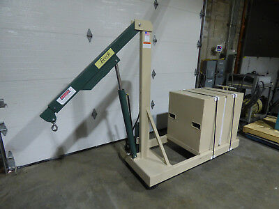 Beech B-2000CW Counterweighted Crane 2000lb Unused