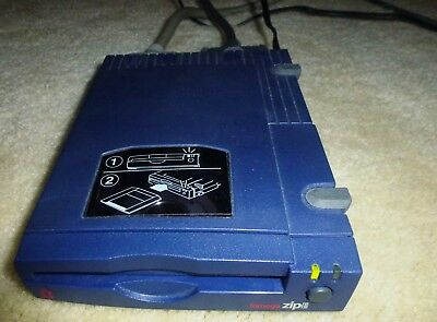 Zip100 drive for Mac, SCSI-based, with SCSI cables