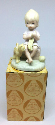"""SUPER GIFT: LEFTON, CHRISTOPHER COLLECTION """"Knitting Girl with Cat"""" w/Box!!!"""
