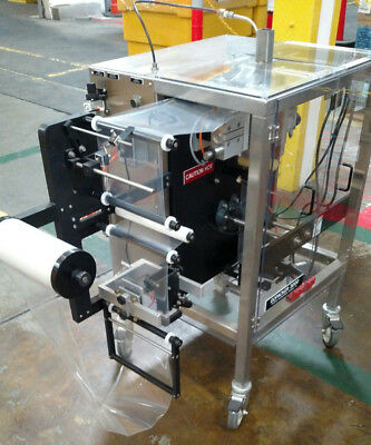 GOPACKER 3000: Compact Vertical form fill and seal pouch machine