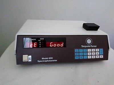 Sequoia-Turner Spectrophotometer 690