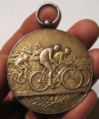 ANCIENNE MEDAILLE PRIX COURSE VELO. ARGENT 48,18 gr. CYCLES ROCHET. ATTRIBUEE.