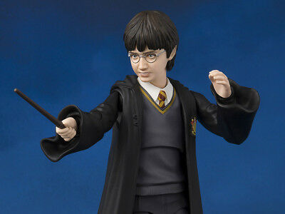 S.H. Figuarts Harry Potter & the Sorcerer's Stone Action Figure USA SELLER