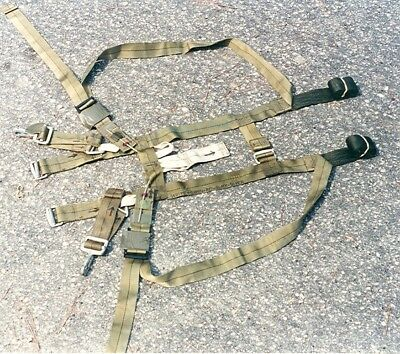 Army issue SPHR single point harness release strap set for rigging an ALICE ruck