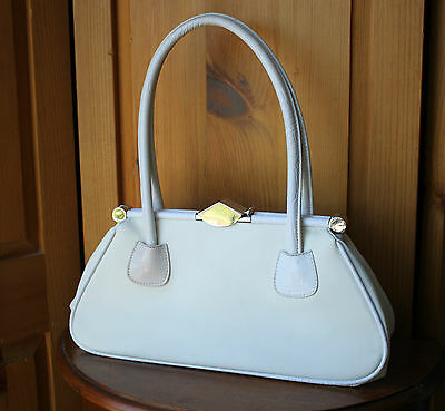 Vintage White Faux Leather Silver Tone Clasp Hinge Shoulder Bag Handbag Purse