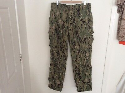 US Navy Nwu Type iii Green Digital Trousers Size Large Regular Authentic