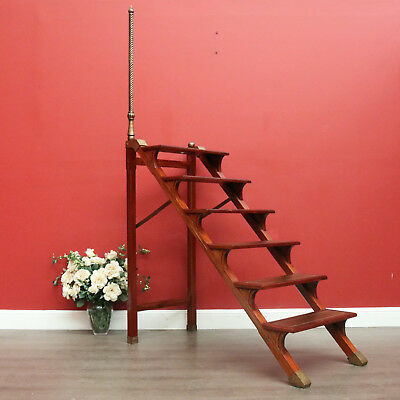 Vintage Mahogany, Brass and Gilt Brown Leather Library Stairs Step Ladder