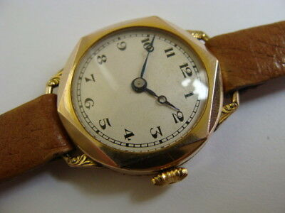 Vintage 1920s Art Deco rolled gold ladies swiss watch..Clean and working.