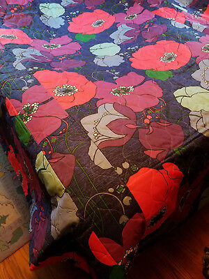 vintage full size bedspread 1970's mod groovy huge flowers very nice condition