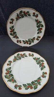 Queens  Yuletide CHRISTMAS, HOLY DESIGN    BREAKFAST/LUNCHEON/DESSERT PLATE X 2