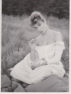 PIN UP BELGE SEINS MODE 60's ROBE VICHY Photo Presse Originale