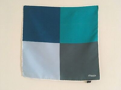 TM Lewin squared patt twill silk pocket square