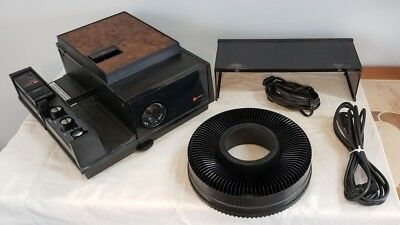 GAF 2680 2x2 Slide Projector w/ Power Cable Remote manual Box Tested w/ extras