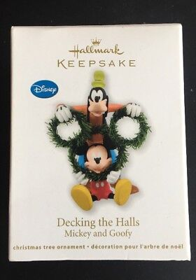 Hallmark Keepsake Ornament: DECKING THE HALLS - Mickey & Goofy - Dated 2011