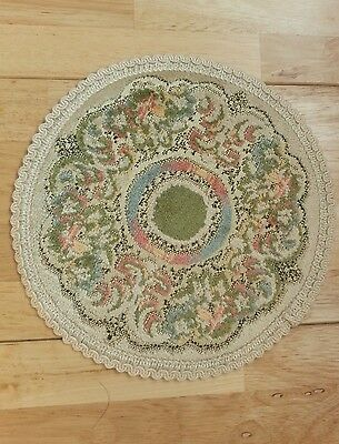 Round Doily in Beige Green - 34cm - New