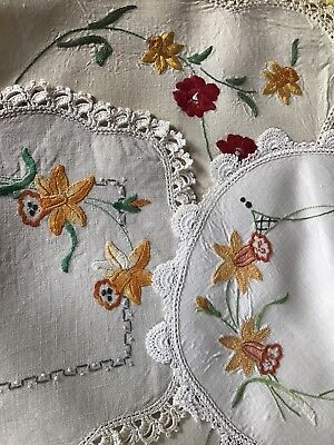 Lot of 5 Vintage Daffodil Doiley & Runner Hand Embroidered Linen