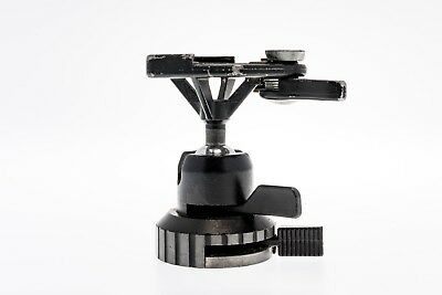 Manfrotto #168 heavy duty ball head with quick release plate suitable for Hass.