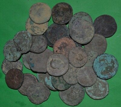 35 PIECES LOW QUALITY LARGE ANCIENT ROMAN BRONZE COINS - FOLLIS, DUPONDIUS, etc.