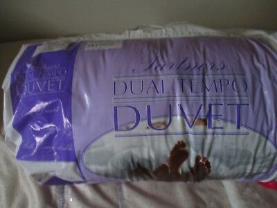 New Double Size 'dual Tempo Duvet' - Half 4.5 Tog/half 9.0 Tog - Exc. Condition