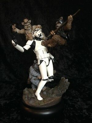 Star Wars Sideshow Fall of Empire Diorama Top Zustand sehr selten