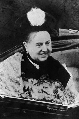 New 4x6 Photo: Candid Image of a Smiling Queen Victoria in Carriage, 1897