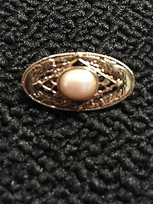 Lovely Vintage Gold tone Filigree Faux Pearl Brooch Pin Jewelry vtg