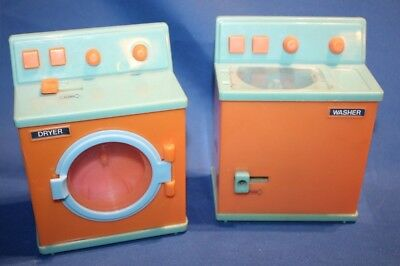 Old Barbie Washer and Dryer