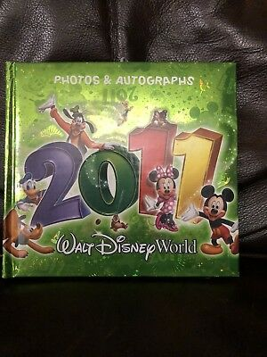 New Walt Disney World 2011 Official Autograph Book Photo Album